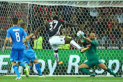 August 22, 2017 - Nice, France - Pepe Reina of Napoli saving on Igniatius Ganago of Nice during the UEFA Champions League play-off football match between Nice and Napoli at the Allianz Riviera stadium in Nice, southeastern France, on August 22, 2017. (Credit Image: © Matteo Ciambelli/NurPhoto via ZUMA Press)