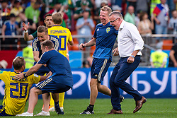 June 27, 2018 - Ekaterinburg, RUSSIA - 180627 head coach Janne Andersson of Sweden celebrates after the FIFA World Cup group stage match between Mexico and Sweden on June 27, 2018 in Ekaterinburg..Photo: Joel Marklund / BILDBYRN / kod JM / 87737 (Credit Image: © Joel Marklund/Bildbyran via ZUMA Press)