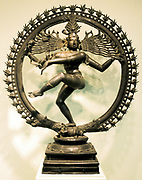 Hindu god Shiva (Siva). 16th century Chloa bronze representation of Shiva in the dance of creation. Indian.