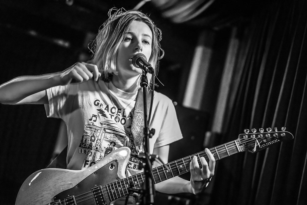 Leah Wellbaum of American indie-rock band Slothrust at Blue Shell in Cologne