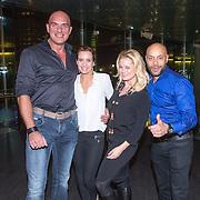 NLD/Amsterdam/20151124 - Premiere Hallo Bungalow, Marcel Zwoferink en partner, Monique Sluyter en partner Henry Proeve
