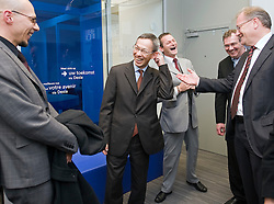 BRUSSELS, BELGIUM - NOV-5-2008 - Senior managers from Diebold Inc. tour Dexia Bank's new customer friendly concept branch in Brussels, Belgium, Wednesday, Nov. 5, 2008. (Photo © Jock Fistick)