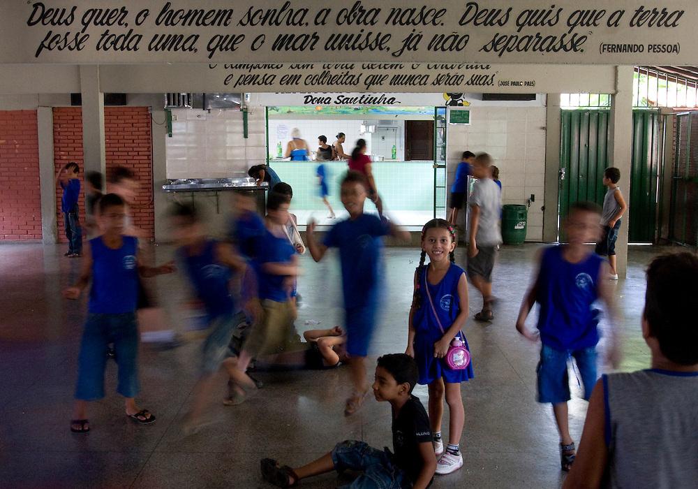 Belo Horizonte_MG, Brasil...Escola Estadual Pascoal Comanducci, localizada no bairro Jaqueline em Belo Horizonte, Minas Gerais...State School Pascoal Comanducci, located in Jaqueline neighborhood in Belo Horizonte, Minas Gerais. ..Foto: VICTOR SCHWANER / NITRO