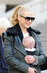Nicole Kidman, Keith Urban with their daughter Sunday Rose leaving the Picasso exposition held at the 'Grand Palais' in Paris, France on December 2, 2008. Kidman is in Paris to promote her new movie 'Australia'. Photo by ABACAPRESS.COM    171753_004