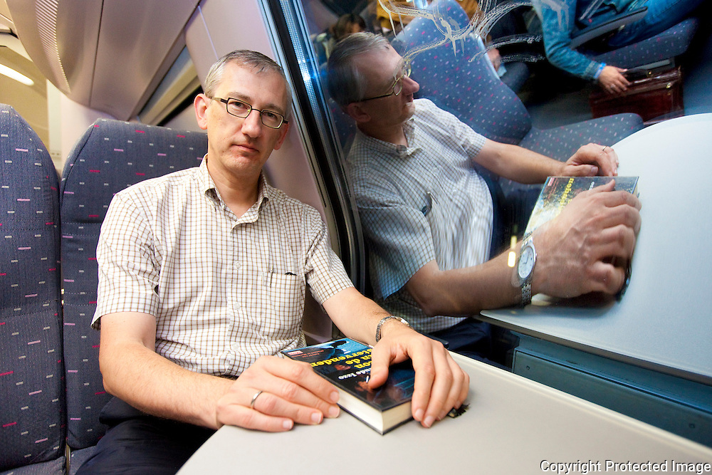 365432-treinreportage-met de trein naar brussel-Peter Van Den Bosch