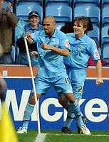 Photo: Ed Godden.<br />Coventry City v Sheffield Wednesday. Coca Cola Championship. 18/11/2006. Coventry's Leon McKenzie celebrates scoring to make it 2-1.