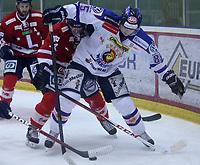Ishockey , Get - ligaen ,<br /> 22.11.2012 <br /> Kristins Hall<br /> Lillehammer I.K  v Sparta Sarpsborg <br /> Foto:Dagfinn Limoseth  -  Digitalsport<br /> Michael Haga , Sparta og  Stefan Sjødin , Lillehammer