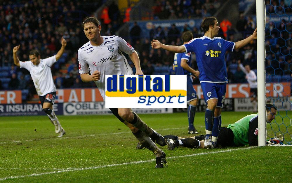 Photo: Steve Bond/Sportsbeat Images.<br /> Leicester City v West Bromwich Albion. Coca Cola Championship. 08/12/2007. Zoltan Gera (L) celebrates