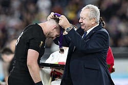 November 1, 2019, Tokyo, Japan: New Zealand's captain Kieran Read receives a bronze medal after winning the Rugby World Cup 2019 Bronze Final between New Zealand and Wales at Tokyo Stadium. New Zealand defeats Wales 40-17. (Credit Image: © Rodrigo Reyes Marin/ZUMA Wire)