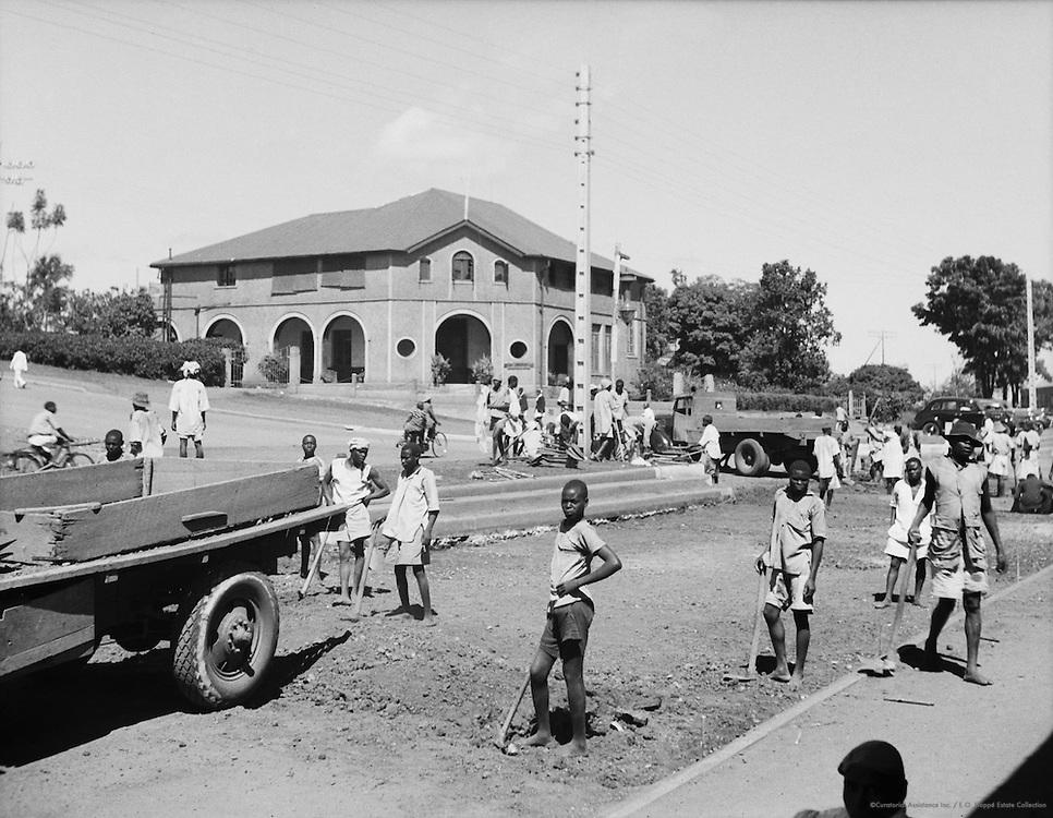 Road making, Kampala, Uganda, Africa, 1937