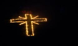 """THEMENBILD - am Sonnenwend-Wochenende wird in allen Teilen Tirols das Herz-Jesu Feuer entfacht. Die Feuer, die mit Fackeln an den Hängen der Berge gestaltet werden haben eine lange Tradition in Tirol und die Wurzeln dieses Brauchs gehen auf das 18. Jahrhundert zurück. Im Bild ein Feuer der Bergrettung Gerlos in Form eines Kreuzes //  on the solstice weekend, there is the """"Herz-Jesu"""" rite in all parts of tyrol. The fires, which are decorated with torches on the slopes of the mountains, have a long tradition <br /> and the roots of this custom date back to the 18th century. In the picture a fire of Gerlos's mountain rescue in the form of a cross, Gerlos, Austria on 2017/06/23. EXPA Pictures © 2017, PhotoCredit: EXPA/ Jakob Gruber"""
