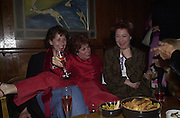 Carmen de Savtoy, Ruby Wax and Zoe Wannamaker. The Vagina Monologues first night at the New Ambassador Theatre and afterwards at the ivy. © Copyright Photograph by Dafydd Jones 66 Stockwell Park Rd. London SW9 0DA Tel 020 7733 0108 www.dafjones.com