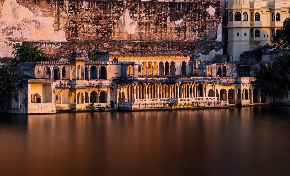 UDAIPUR, INDIA - CIRCA NOVEMBER 2016:  Detail view of the City Palace and Lake Pichola in Udaipur
