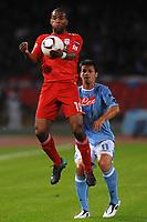 Fotball , ,21.OKT.10 - UEFA Europa League, <br /> Napoli Vs Liverpool<br /> <br /> Ryan BABEL Liverpool, Christian MAGGIO Napoli<br /> <br /> <br /> <br /> Norway only