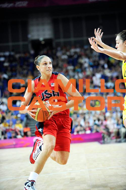 DESCRIZIONE : Basketball Jeux Olympiques Londres Demi finale<br /> GIOCATORE : Taurasi Diana<br /> SQUADRA : USA FEMME<br /> EVENTO : Basket ball Jeux Olympiques<br /> GARA : USA AUSTRALIE<br /> DATA : 09 08 2012<br /> CATEGORIA : Basketball Jeux Olympiques<br /> SPORT : Basketball<br /> AUTORE : JF Molliere <br /> Galleria : France JEUX OLYMPIQUES 2012 Action<br /> Fotonotizia : Jeux Olympiques Londres demi Finale Greenwich Arena<br /> Predefinita :