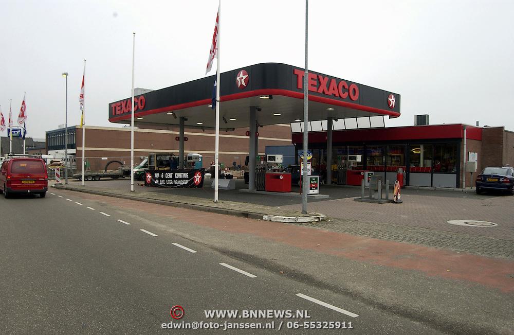 Texaco pomp Eemlandweg Huizen met personeel
