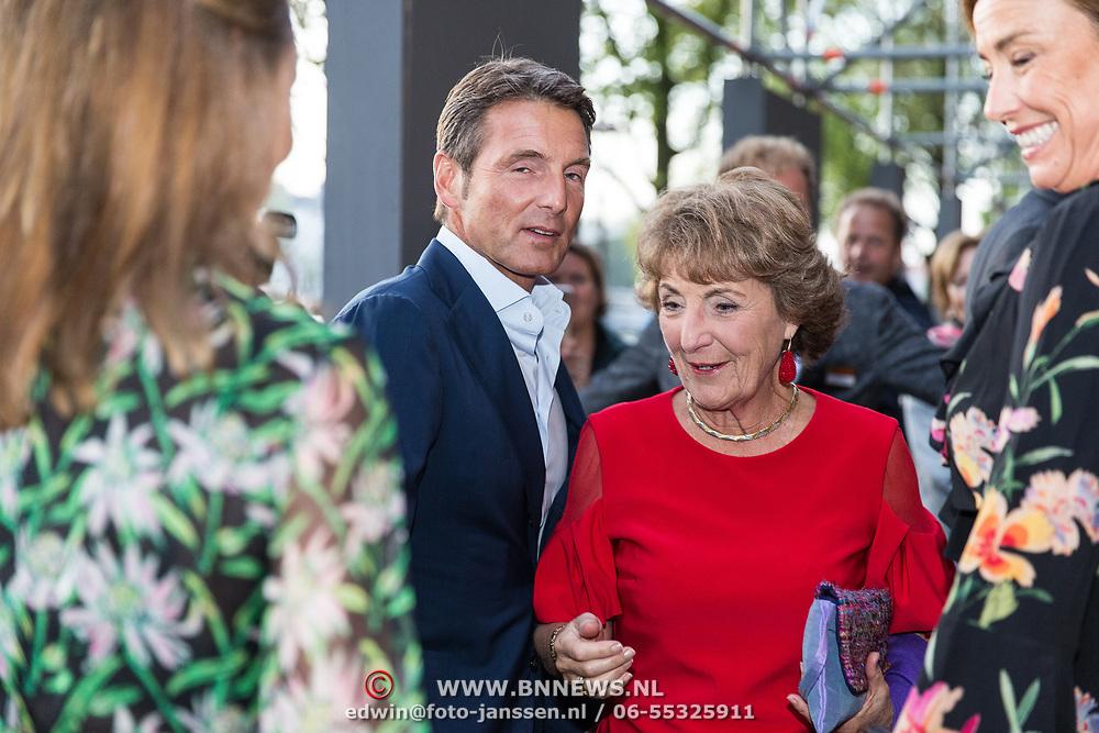 NLD/Amsterdam/20190916 - Prinses Irene viert verjaardag bij een ode aan de natuur, Prinses Margriet begroet haar kinderen en schoondochters