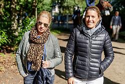POLETTO Cornelia, MEYER-ZIMMERMANN Janne-Friederike (GER)<br /> Paderborn - OWL Challenge 5. Etappe BEMER Riders Tour 2019<br /> Impressionen am Rande<br /> 14. September 2019<br /> © www.sportfotos-lafrentz.de/Stefan Lafrentz