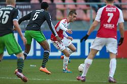 01-03-2015 NED: FC Utrecht - Feyenoord, Utrecht<br /> In de Galgenwaard voltrok zich een inspiratieloos duel en eindigde dan ook in 0-0 / Danny Verbeek #20
