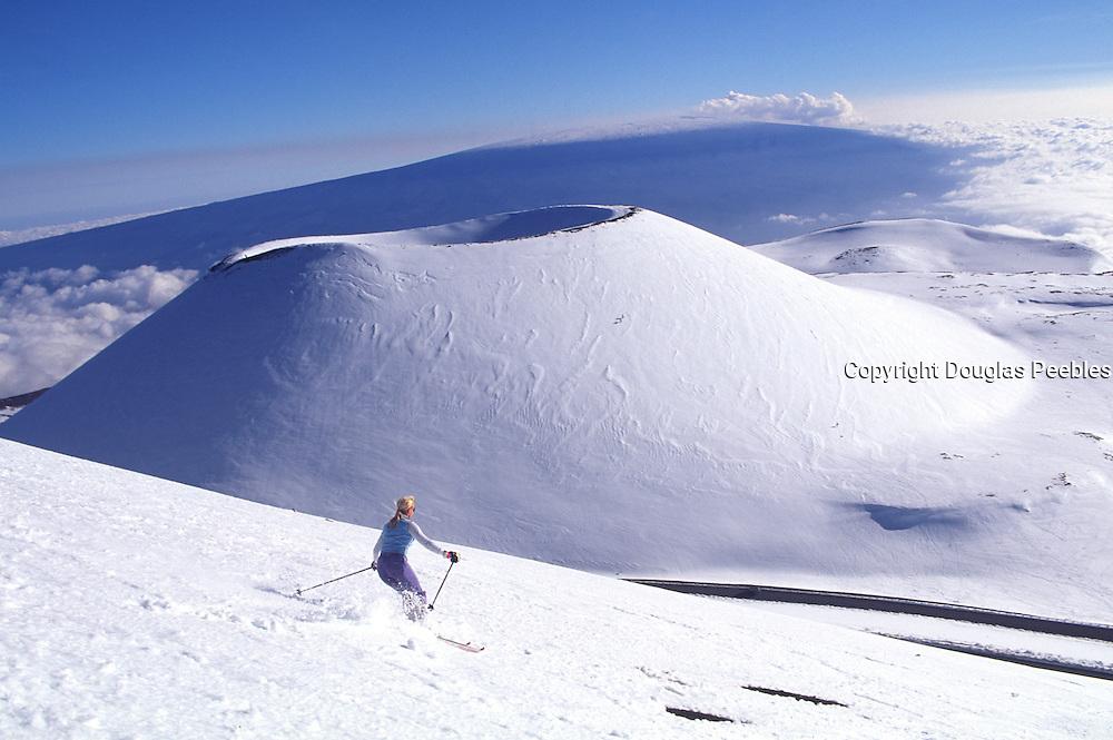 Skiing, Snow capped Mauna Kea, Island of Hawaii<br />