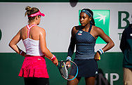 Catherine McNally and Cori Gauff of the United States playing doubles at the Roland Garros 2020, Grand Slam tennis tournament, on October 1, 2020 at Roland Garros stadium in Paris, France - Photo Rob Prange / Spain ProSportsImages / DPPI / ProSportsImages / DPPI