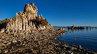 Mono Lake, South Tufa Area. Image taken with a Nikon D3 camera and 24 mm f/3.5 PC-E lens (ISO 200, 24 mm, f/16, 1/200 sec).