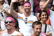 De jaarlijkse Canal Parade is onderdeel van de Amsterdam Gay Pride. Tijdens dit evenement vieren lesbiennes, homos, biseksuelen en transgenders (LHBT) dat ze mogen zijn wie ze zijn en mogen houden van wie ze willen. <br /> <br /> The annual Canal Parade is part of the Amsterdam Gay Pride. During this event lesbians, homosexuals, bisexuals and transgenders (LGBT) celebrate that they can be who they are and are allowed to love who they want.<br /> <br /> Op de foto / On the photo:  Sipke Jan Bousema