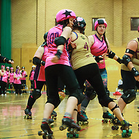 Cheshire Hellcats take on local rivals North Cheshire Victory Rollers in Tier 4 West of the British Championships at Kingsway Leisure Centre, Widnes, 2017-02-11