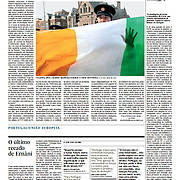 "Tearsheet (Feature story) of ""Ireland: Uma visita para sarar feridas"" published in Expresso"
