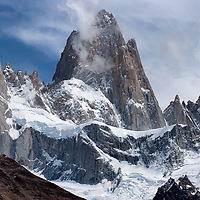 Mount Fitz Roy (3405m) is located in Los Glaciares National Park on the border between Argentina and Chile. For climbers, Cerro Fitz Roy is considered to be one of the most dangerous mountains in the world. Unpredictable weather and the sheer granite faces makes this mountain extremely difficult to climb.