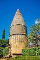 France, Aquitaine, Dordogne (24), Perigord Noir, vallee de la Dordogne, Sarlat-la-Caneda, Lanterne des morts // France, Aquitaine, Dordogne, Perigord Noir, Dordogne valley, Sarlat-la-Caneda, the Lantern of the Dead