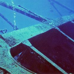 Shipwreck Ore Verde off Grand Cayman Island at 60'