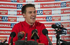111006 Wales press conf & training
