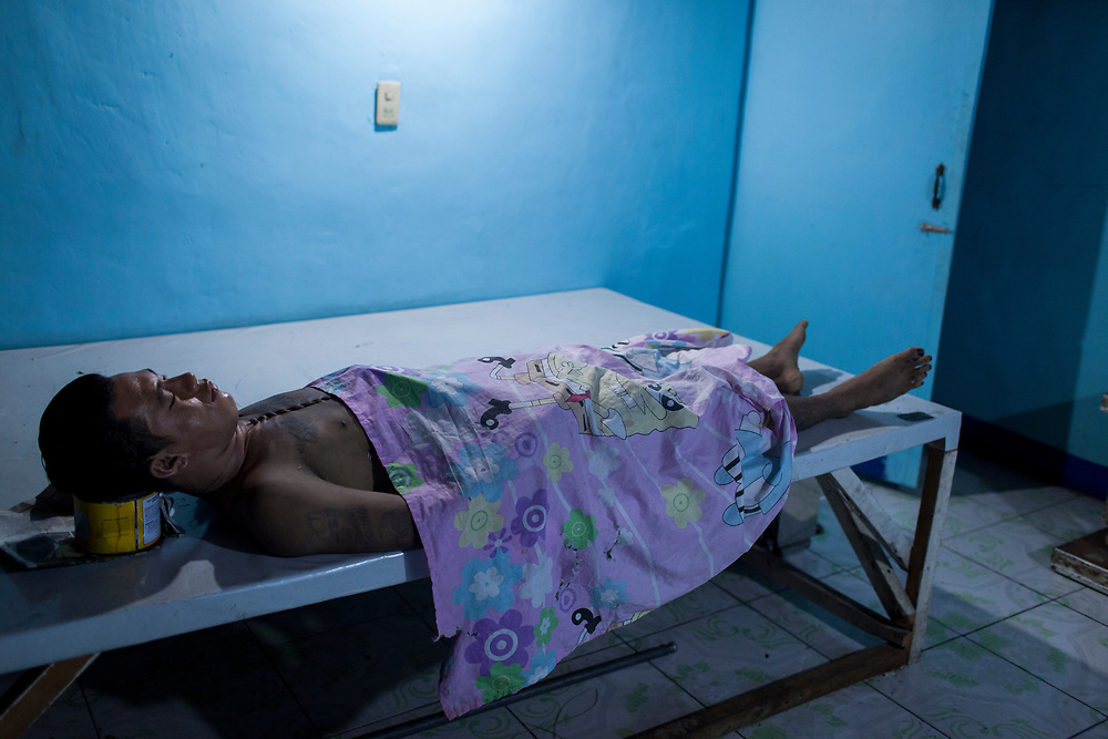 A body of a man is seen at Eusebio morgue in Navotas, Manila.  The murder is suspected to be related to the drug war.<br /> <br /> Over 12 thousand people including men, women and even young teens who are mostly the urban poor, have been killed since President Duterte initiated the campaign against drugs. The killings or executions are carried out by masked gunmen. Bodies in morgue showed signs that the victims were bound or handcuffed but the police report often states they fought back or tried to run away.