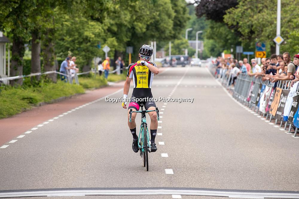 10-06-2019: Wielrennen: Regio Oost weg: Hellendoorn <br />Lars Boven (Reutum) AWV de Zwaluiwen