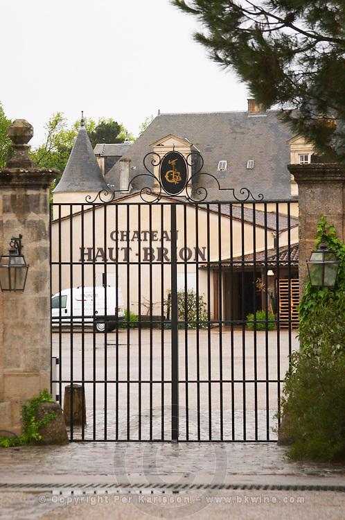entrance gate chateau haut brion pessac leognan graves bordeaux france