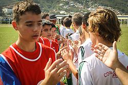 Lance da partida entre Balneário Estreito x 100%ECVG válida pela Copa Coca-Cola 2013 no complexo Esportivo Aldo Silva, em Florianópolis. Foto: Cristiano Estrela/Preview.com