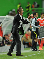 20120409: LISBON, PORTUGAL -Portuguese Liga Zon Sagres 2011/2012 - Sporting CP vs SL Benfica.<br /> In picture: Sporting's Ricardo Sa Pinto, reacts.<br /> PHOTO: Alvaro Isidoro/CITYFILES