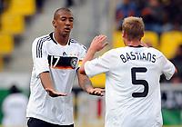 Fotball<br /> Tyskland<br /> Foto: Witters/Digitalsport<br /> NORWAY ONLY<br /> <br /> 04.09.2009<br /> <br /> Jubel 2:0 v.l. Jerome Boateng, Felix Bastians Deutschland<br /> <br /> Fussball U 21 EM-Qualifikation Tyskland - San Marino