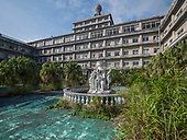 """Amazing images - The most beautiful abandoned looking hotel, once promoted as """"Hawaii of Japan"""""""