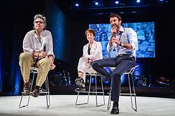 Eduardo Sirotsky Melzer, Sonia Bridi e Flavia Moraes durante o VOX - The Joy of Sharing, evento que  pretende provocar reflexões sobre o futuro da comunicação a partir do compartilhamento de conteúdo e experiências. FOTO: Vinícius Costa/ Agência Preview