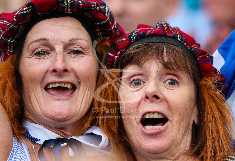 London, 2017-August-04. Two Scottish women in the crowd at the IAAF World Championships London 2017. Paul Davey.