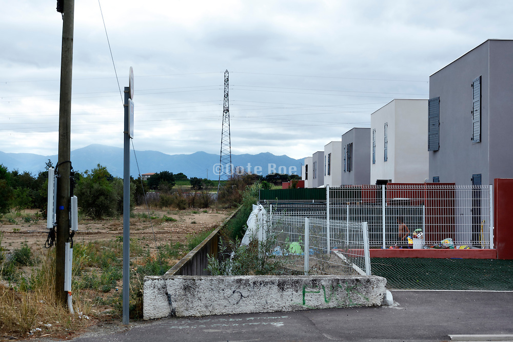 edge of residential housing development