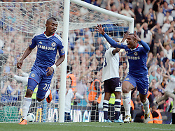 30.04.2011, Stamford Bridge, London, ENG, PL, FC Chelsea vs Tottenham Hotspur, im Bild Salomon Kalou of Chelsea  makes 2-1 in the final minutes and celebrates with Ashley Cole of Chelsea   during Chelsea Fc  vs Tottenham fc for the EPL at Stamford Bridge   in London  on 30/04/2011. EXPA Pictures © 2011, PhotoCredit: EXPA/ IPS/ Marcello Pozzetti +++++ ATTENTION - OUT OF ENGLAND/UK and FRANCE/FR +++++