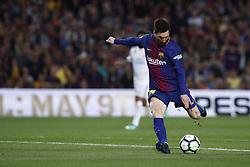 May 6, 2018 - Barcelona, Catalonia, Spain - May 6, 2018 - Camp Nou, Barcelona, Spain - LaLiga Santander- FC Barcelona v Real Madrid CF; Leo Messi of FC Barcelona kicks the ball for scores the 2-1. (Credit Image: © Marc Dominguez via ZUMA Wire)