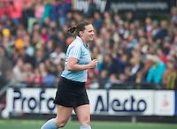 DEN BOSCH - Scheidsrechter  tijdens de  de tweede finale wedstrijd tussen de vrouwen van Den Bosch en SCHC (2-0)  . Den Bosch behoudt de titel. COPYRIGHT  KOEN SUYK