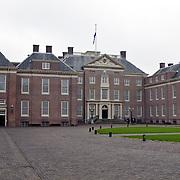 NLD/Apeldoorn/20081101 - Opening tentoonstelling SpeelGoed op paleis Het Loo, buitenzijde