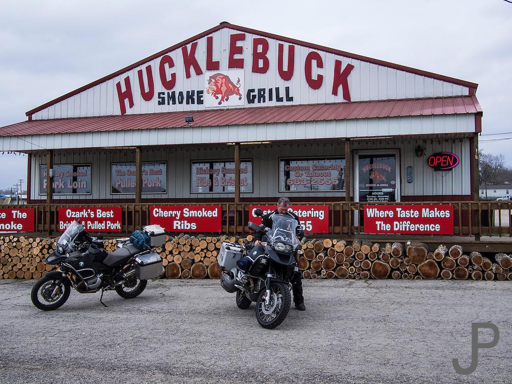 Lunch at Hucklebuck Grill in Ava, Missouri