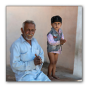 Old and young greeting us in Chanoud, Rajasthan, India. Nikon D850, 70-200mm @ 75mm, f6.3, 1/320sec, ISO320, Aperture priority.