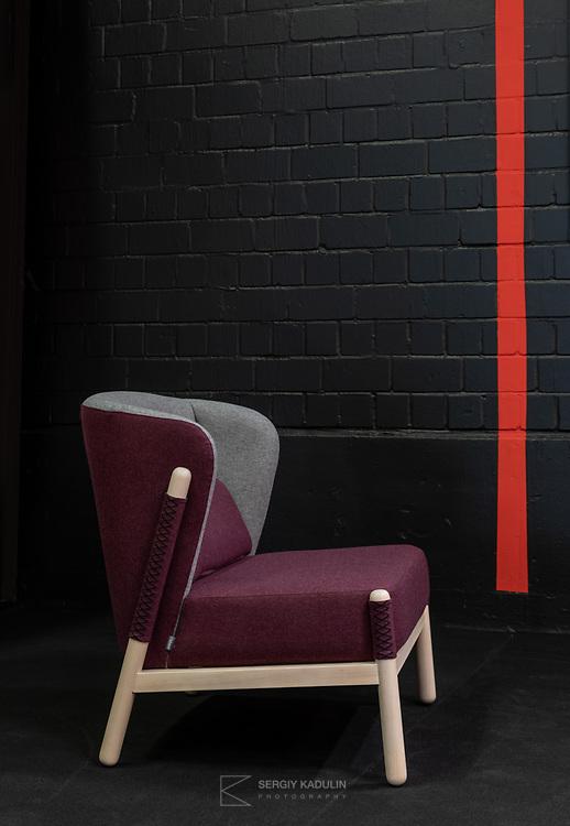 """Серия """"Катана"""" разработана украинским дизайнером Павлом Ветровым. Экспозиция на выставке IMM-2019 в Кёльне."""